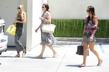 Tamara Ecclestone Petra Ecclestone Tamara & Petra Ecclestone Shopping In West Hollywood