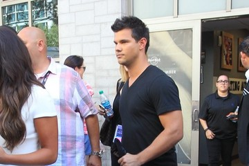 Taylor Lautner Celebrities Are Seen at Comic-Con International 2016 in San Diego - Day 2
