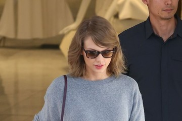 Taylor Swift Taylor Swfit Spotted Out in Los Angeles