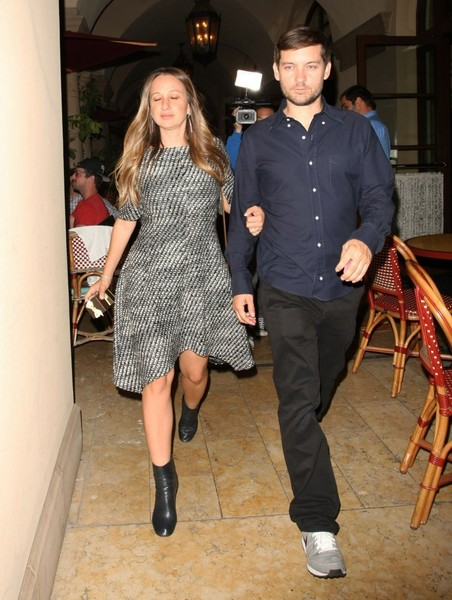 Celebrities Dine Out at Bouchon Bistro []