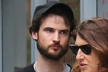 Tom Sturridge Sienna Miller and Tom Sturridge Have Lunch in New York's West Village