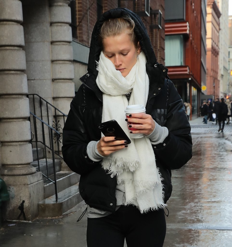 Toni garrn out and about in new york nudes (82 photo), Sideboobs Celebrity photo