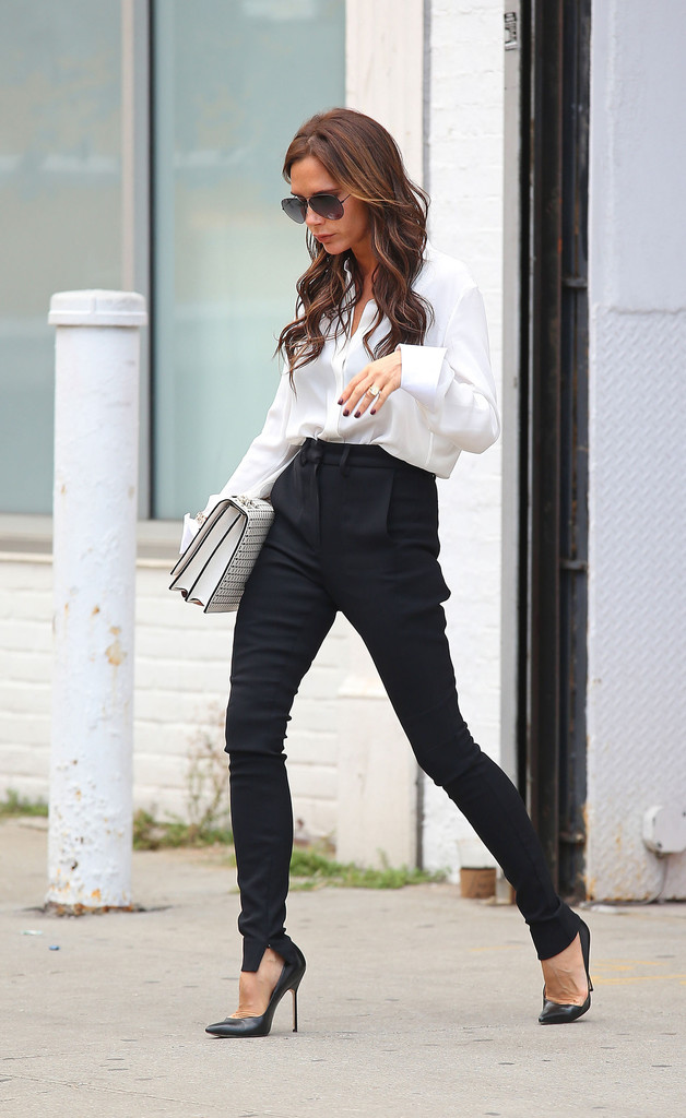 Victoria Beckham Lunches With Harper