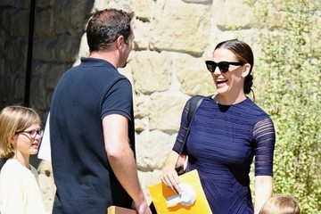 Violet Affleck Jennifer Garner Arrives at Church in Los Angeles