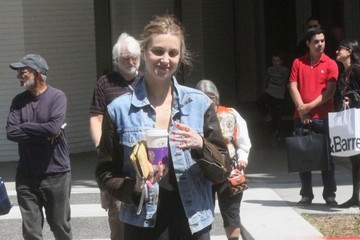 Whitney Port Whitney Port Getting A Coffee In Beverly Hills