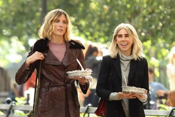 Zosia Mamet Stars on the Set of 'The Boy Downstairs'