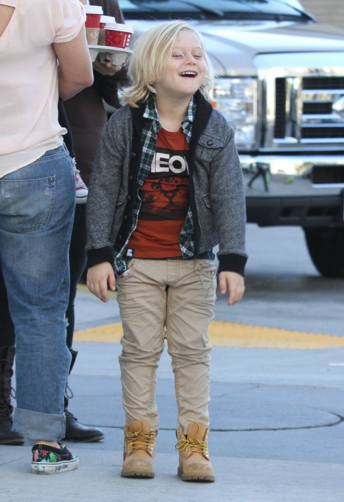 zuma rossdale photos photos zuma rossdale out with his