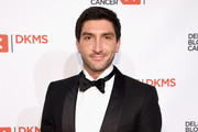 Evan Lysacek Photos - 15 of 870 Photo