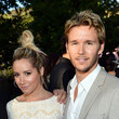 She bonds with fellow blond Ryan Kwanten at charity events.
