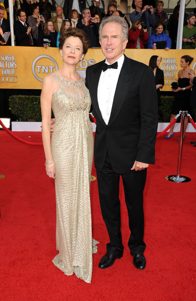 Actress Annette Bening and actor Warren Beatty arrive at the 17th Annual Screen Actors Guild Awards held at The Shrine Auditorium on January 30, 2011 in Los Angeles, California.