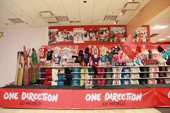 Atmosphere at the 1D World Pop Up Store Launch at 1D World on November 17, 2012 in New York City. The store will remain open adjacent to Madison Square Garden until December 30, 2012.