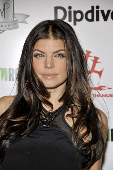 Singer Fergie attends the 1st Annual Data Awards presented by wil.i.am, the Black Eyed Peas and Dipdive at the Palladium on January 28, 2010 in Los Angeles, California.