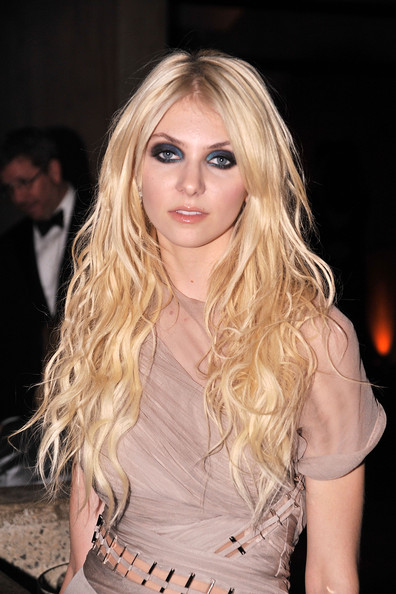 Taylor+Momsen in 2009 Whitney Museum Gala - Cocktail Party