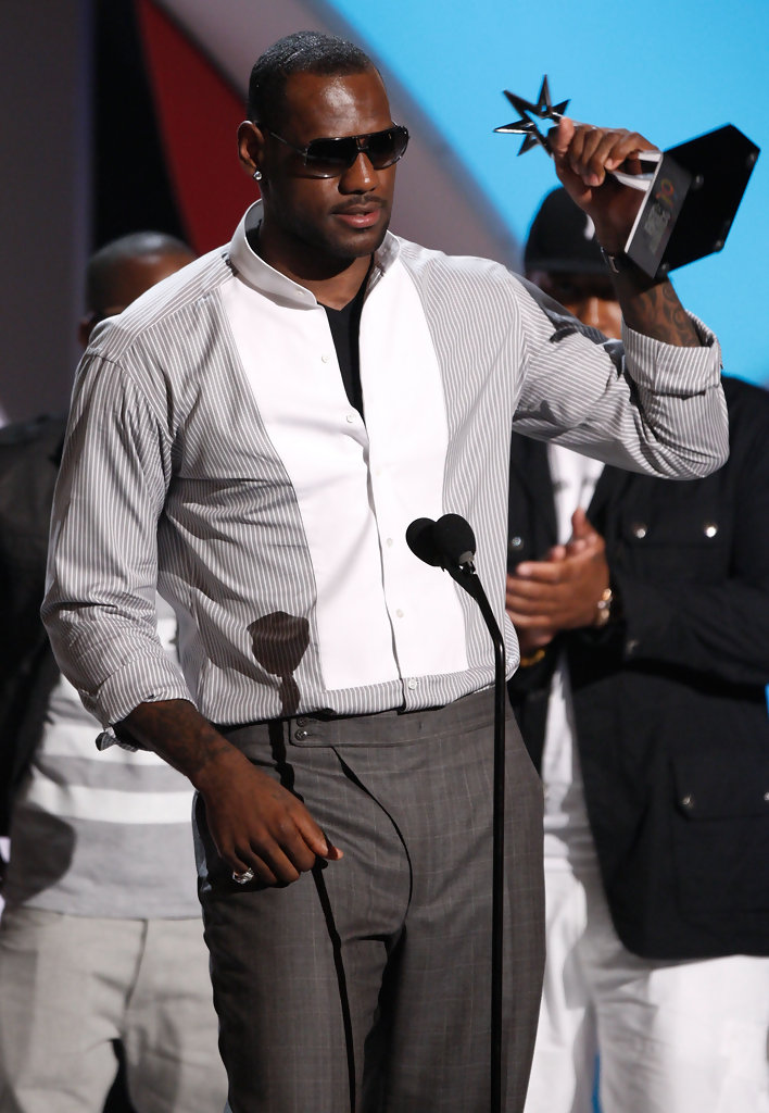 Lebron James In 2009 Bet Awards Show Zimbio