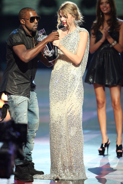 Kanye+West in 2009 MTV Video Music Awards - Show