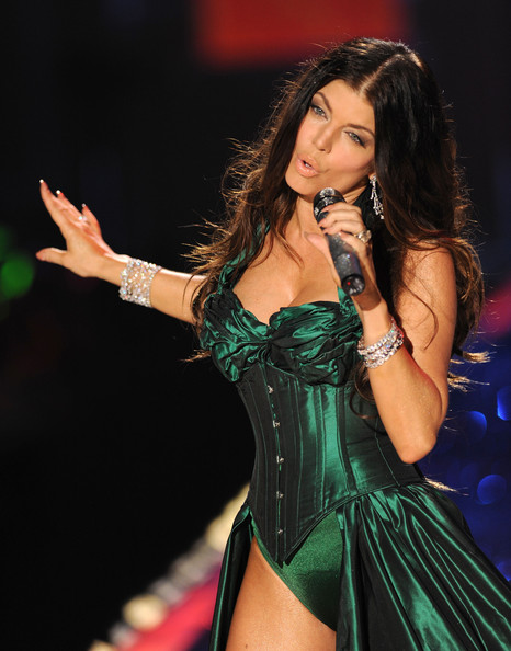 Singer Fergie of The Black Eyed Peas performs at the Victoria's Secret fashion show at The Armory on November 19, 2009 in New York City.