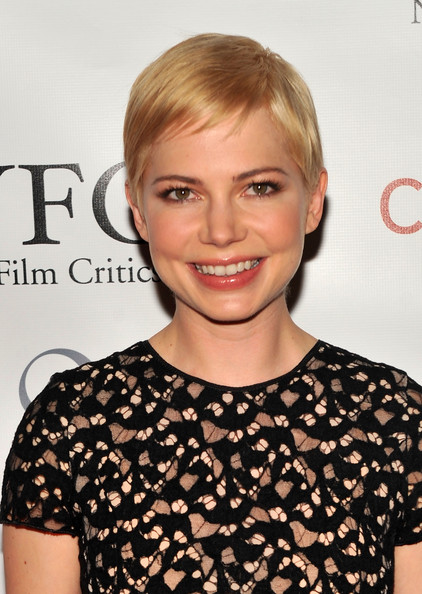 Actress Michelle Williams attends the 2010 New York Film Critics Circle Awards at Crimson on January 10, 2011 in New York City.