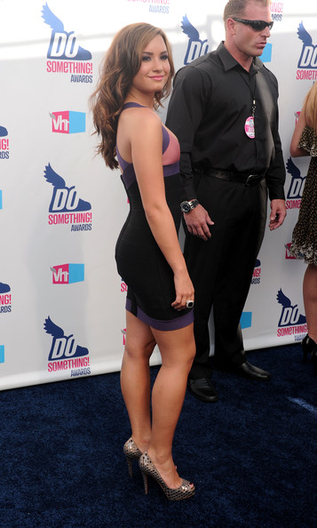 Actress Demi Lovato arrives at the 2010 VH1 Do Something! Awards held at the Hollywood Palladium on July 19, 2010 in Hollywood, California.