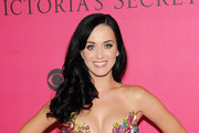 Katy Perry arrives for the 2010 Victoria's Secret Fashion Show at the Lexington Avenue Armory on November 10, 2010 in New York City.