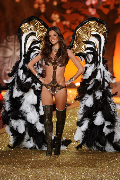 Model Alessandra Ambrosio walks the runway during the 2010 Victoria's Secret Fashion Show at the Lexington Avenue Armory on November 10, 2010 in New York City.