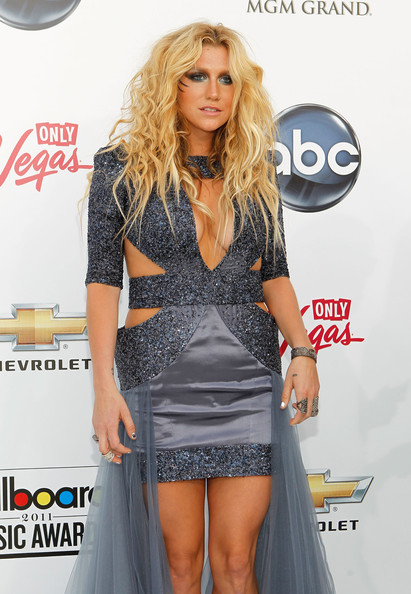 2011 Billboard Music Awards - Arrivals