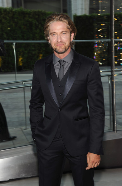 Actor Gerard Butler attends the 2011 CFDA Fashion Awards at Alice Tully Hall, Lincoln Center on June 6, 2011 in New York City.