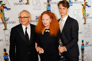 (L-R) Arthur Elgort (L) and Grace Coddington (C)  pose backstage at the 2011 CFDA Fashion Awards at Alice Tully Hall, Lincoln Center on June 6, 2011 in New York City.