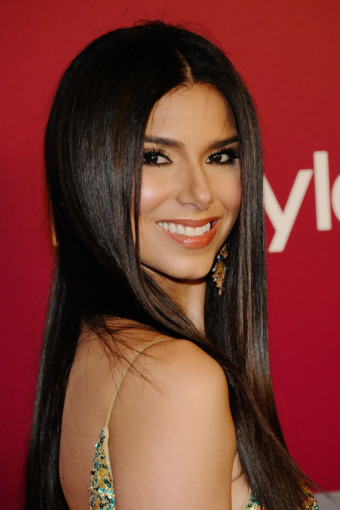 Roselyn Sanchez Photos Photos - 2011 InStyle/Warner Brothers Golden Globes Party - Arrivals - Zimbio