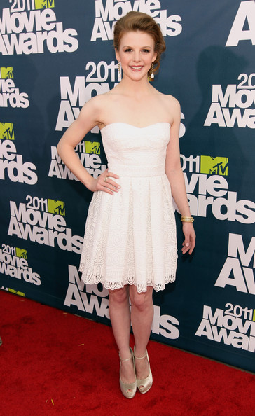 Actress Ashley Bell arrives at the 2011 MTV Movie Awards at Universal Studios' Gibson Amphitheatre on June 5, 2011 in Universal City, California.