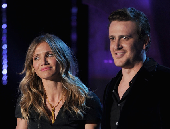 Actors Cameron Diaz (L) and Jason Segel speak onstage during the 2011 MTV Movie Awards at Universal Studios' Gibson Amphitheatre on June 5, 2011 in Universal City, California.