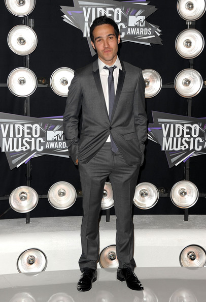 Musician Pete Wentz arrives at the 2011 MTV Video Music Awards at Nokia Theatre L.A. LIVE on August 28, 2011 in Los Angeles, California.