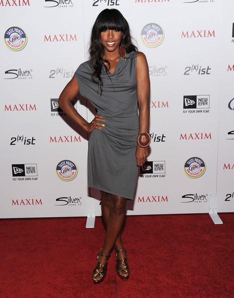 Singer Kelly Rowland arrives at Maxim's Hot 100 Party at Eden on May 11, 2011 in Hollywood, California.