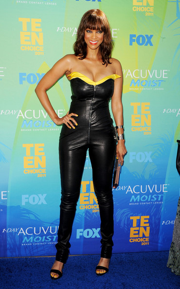 TV personality Tyra Banks arrives at the 2011 Teen Choice Awards held at the Gibson Amphitheatre on August 7, 2011 in Universal City, California.