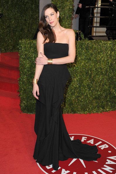 Actress Liv Tyler arrives at the Vanity Fair Oscar party hosted by Graydon Carter held at Sunset Tower on February 27, 2011 in West Hollywood, California.