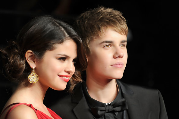 It's Official: Justin Bieber and Selena Gomez Go Public at Oscars After Party