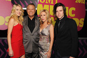 Kim Campbell, Glen Campbell, Ashley Campbell and Cal Campbell arrive at the 2012 CMT Music awards at the Bridgestone Arena on June 6, 2012 in Nashville, Tennessee.