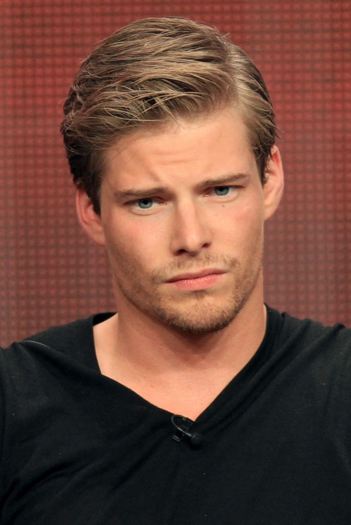 Hunter Parrish Here Are 10 Actors Who Could Play
