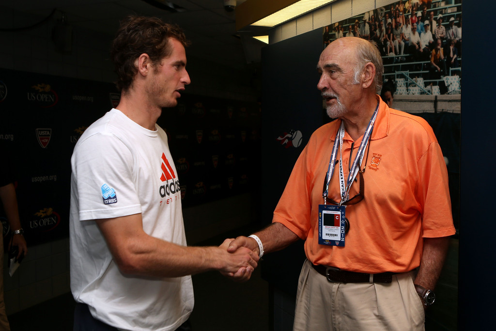 ¿Cuánto mide Sean Connery? - Altura - Real height 2012+US+Open+Day+13+4_AVakqfcmCx