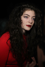 Lorde sported a long curly 'do at the APRA Silver Scroll Awards.