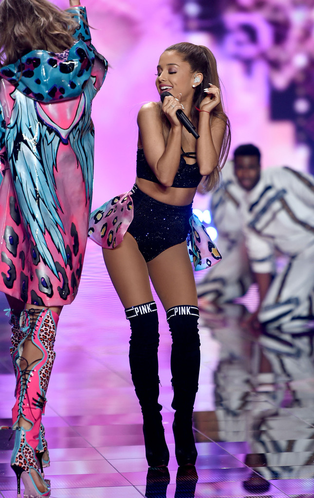 2014 Victoria's Secret Fashion Show Ariana Grande Ariana Grande Got Smacked with