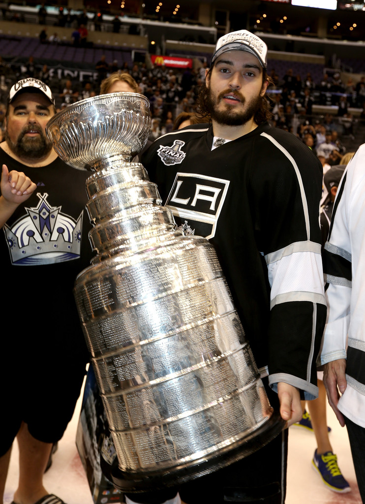 Wives and girlfriends of nhl players nicole arruda drew doughty