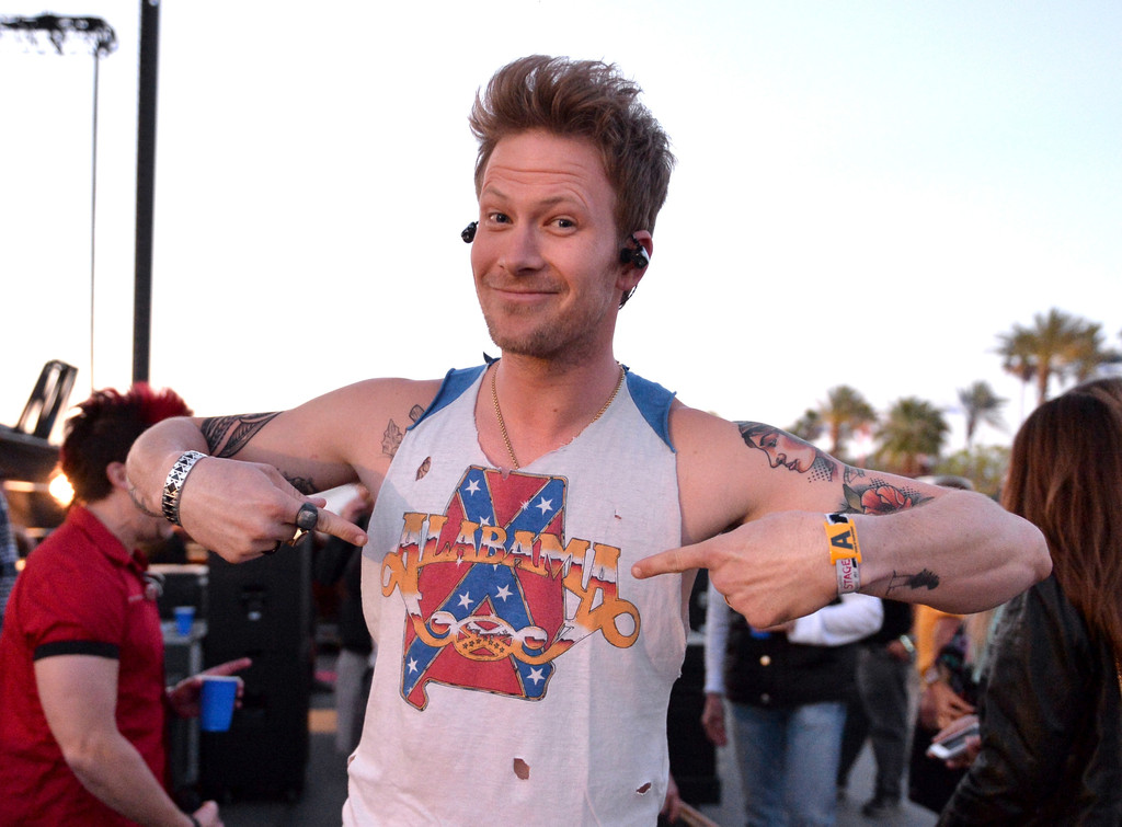 Brian Kelley Photos Photos - 2014 Stagecoach California's Country