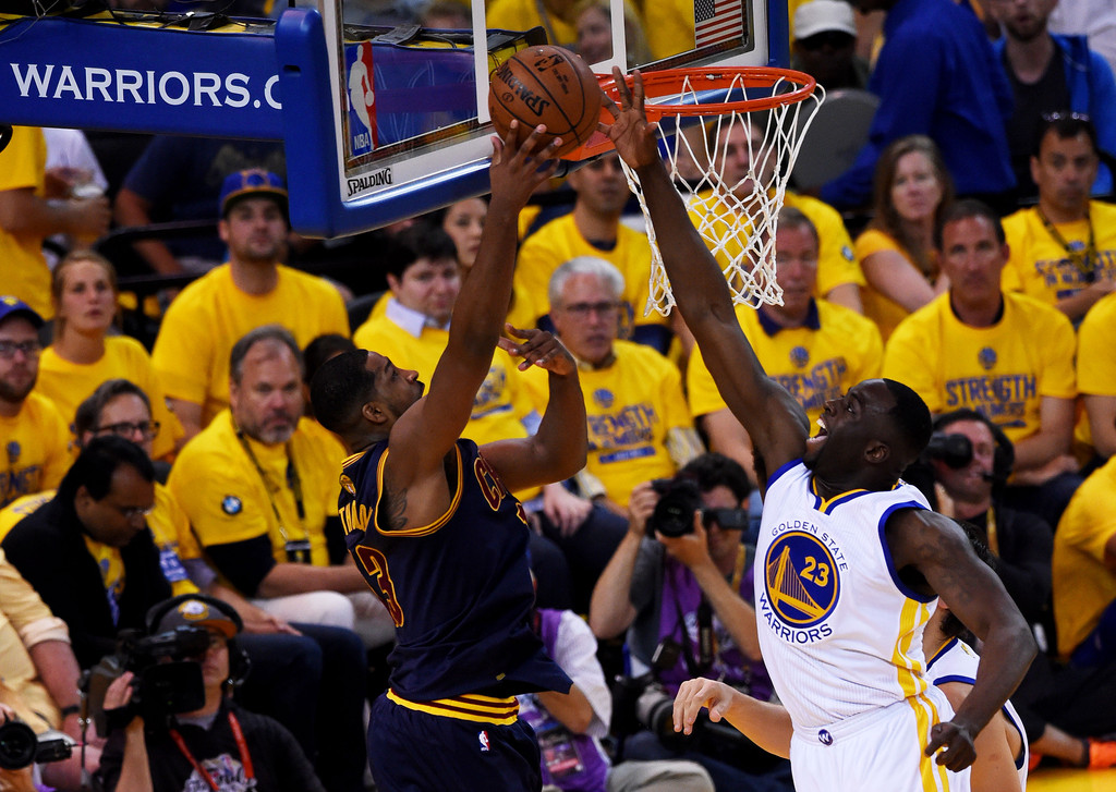 2015 NBA Finals - Game Two - Pictures - Zimbio
