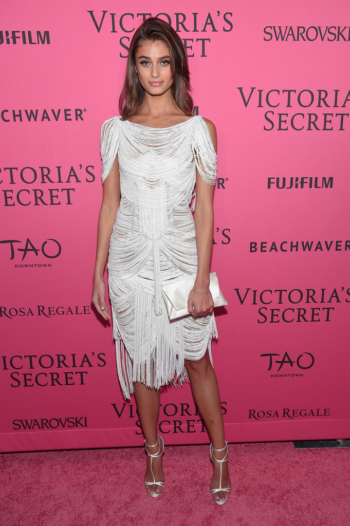 Taylor Hill In 2015 Victoria 39 S Secret Fashion After Party Pink Carpet Arrivals Zimbio