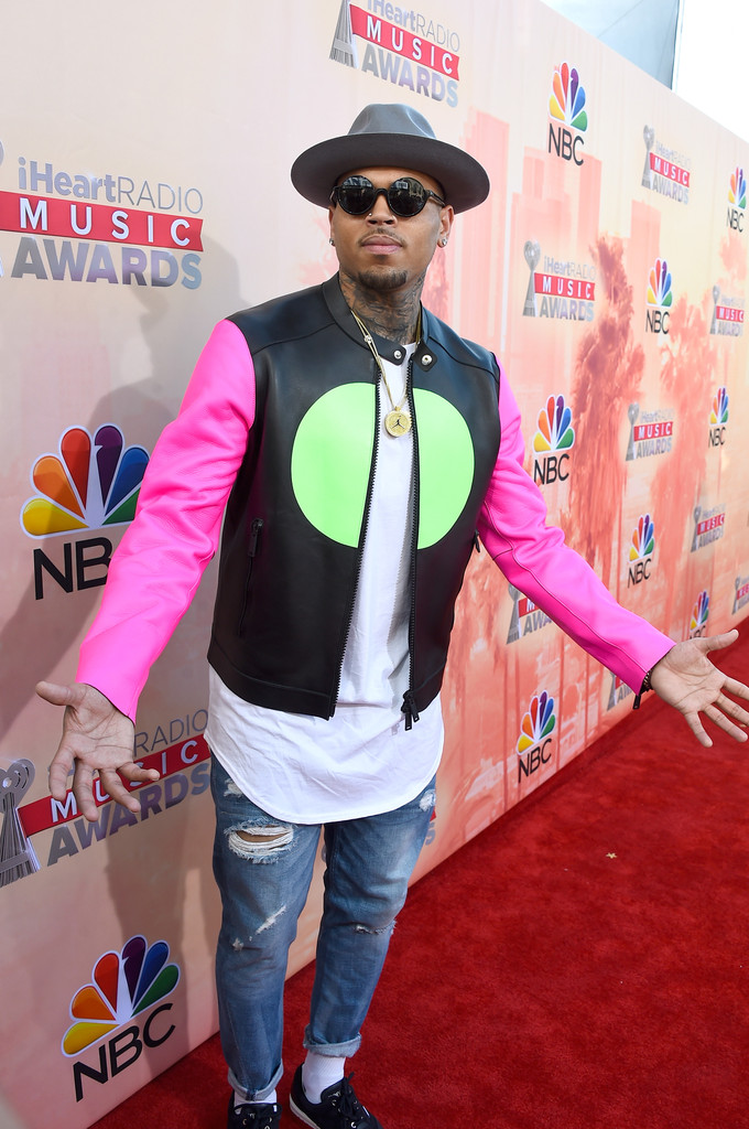 Chris Brown Photos Photos 2015 Iheartradio Music Awards On Nbc Red Carpet Zimbio