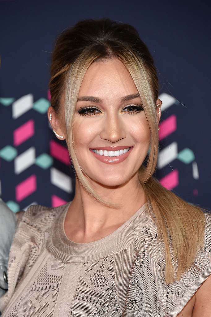 Brittany Kerr Photos Photos - 2016 CMT Music Awards ... Brittany Kerr