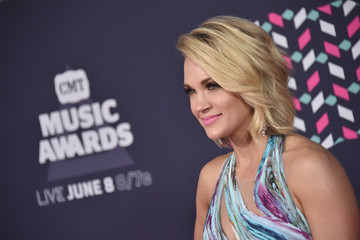 Carrie Underwood's Son Belly Flopping into a Pool Will Cheer You Up Instantly