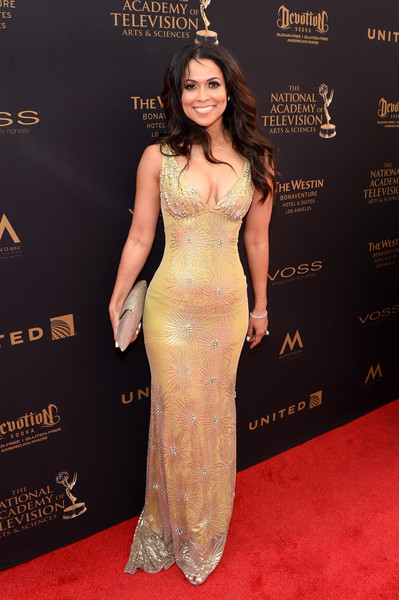 http://www2.pictures.zimbio.com/gi/2016+Daytime+Emmy+Awards+Red+Carpet+yGPAy2_BokIl.jpg