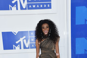 Chantelle Winnie Photos Photo