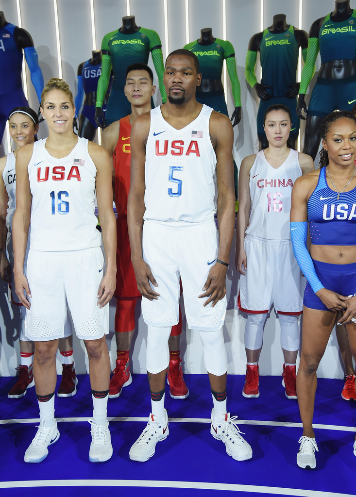 ¿Cuánto mide Elena Delle Donne? - Real height 2016+Olympics+Uniforms+USA+International+Federations+7C4TBY-Dj2Lx